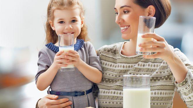الحليب 3 مرات باليوم لتقوية العظام خدعة تسويقية كبيرة وقد نجحت تماماً